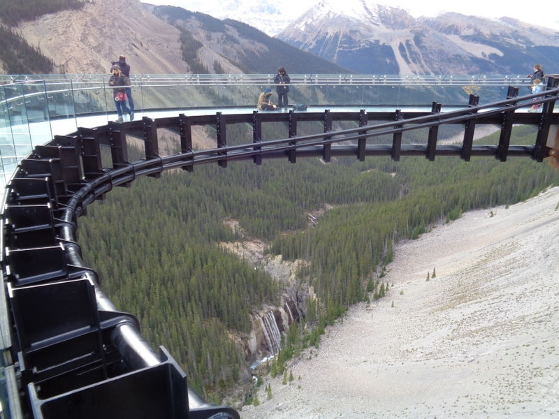 Glacial skywalk, Icefields parkway