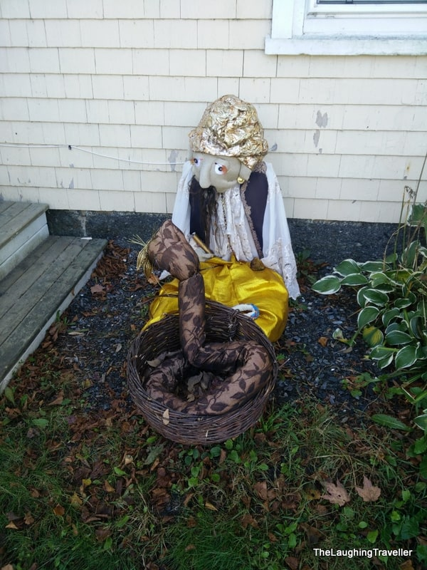 Mahone Bay - Scarecrow festival