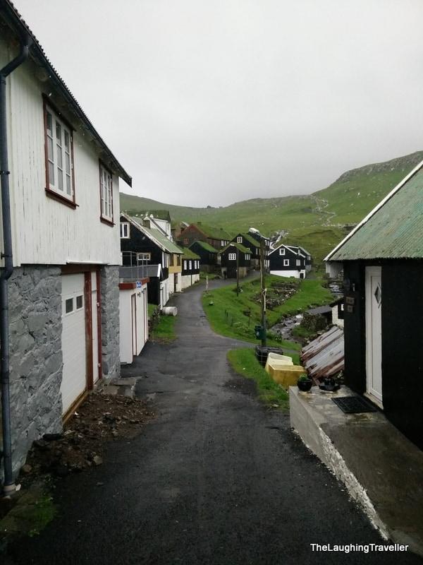הכפר מיצ'ינס