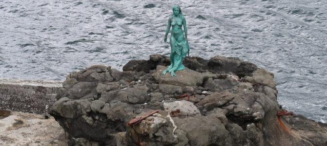 איי פארו: מגדלור בקצה העולם ואגדת עם על אישה-כלב ים