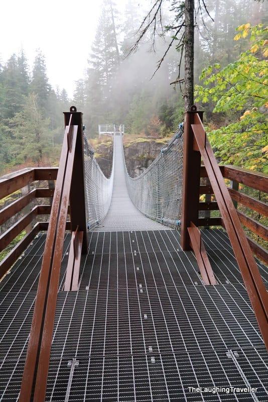 גשרים תלויים בריטיש קולומביה
